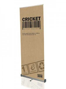 cricket roll up stand