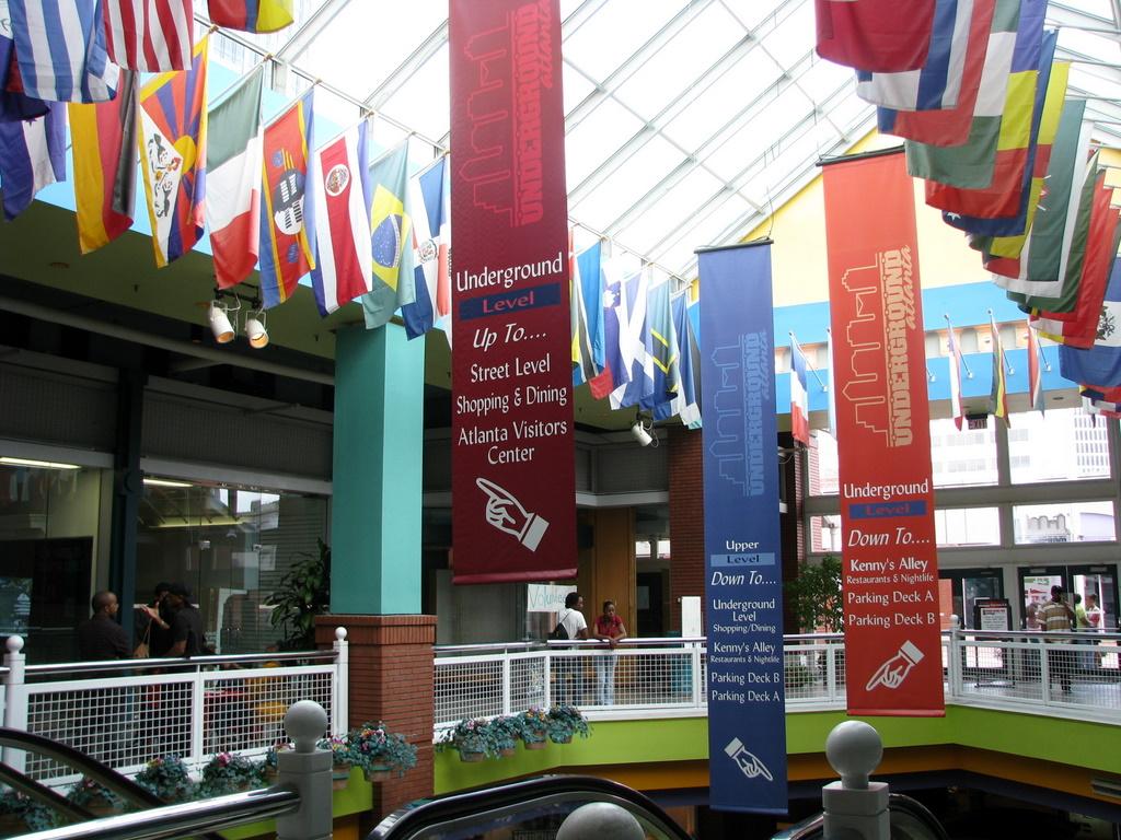 Outdoor Branding Pop Up Banners Flags Banners